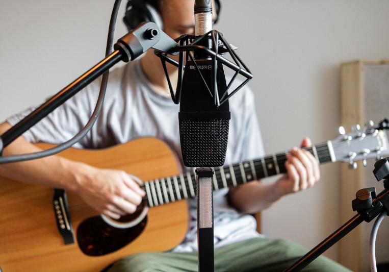 Simon Schlager on SoundBetter
