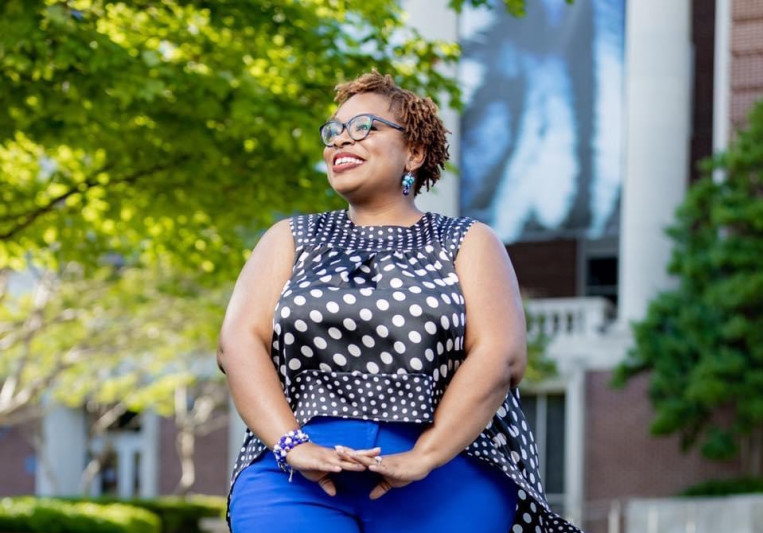 Demetria Earle (Barnes) on SoundBetter