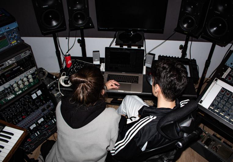 Alvaro Delgado / UMAII on SoundBetter