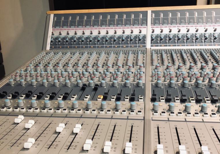 Jack Lowden on SoundBetter