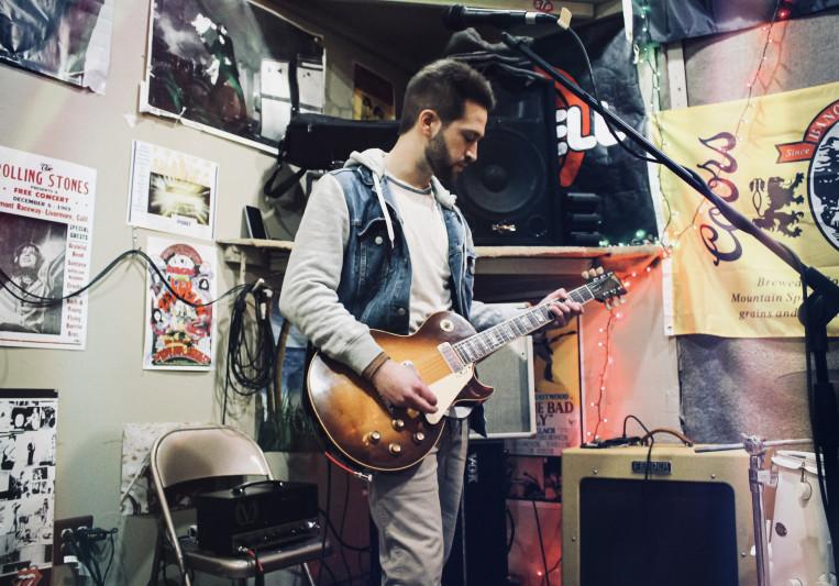 Matt Kelly Guitar on SoundBetter