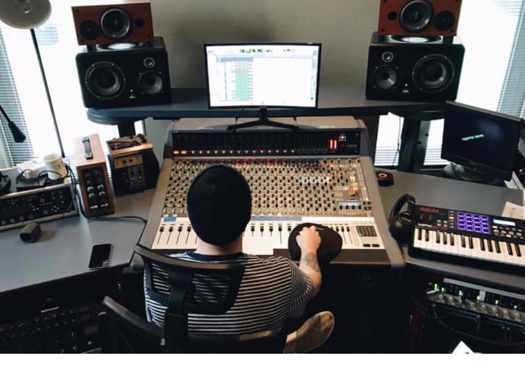 Jonny Bird on SoundBetter
