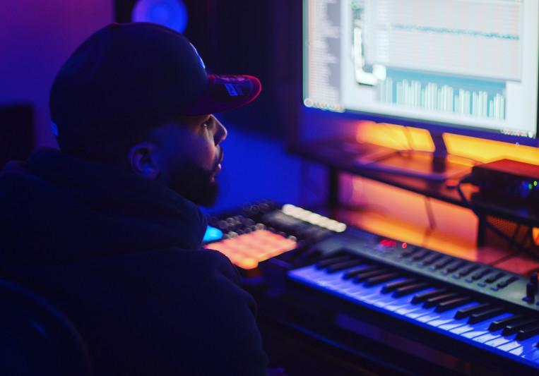AJxOTB on SoundBetter