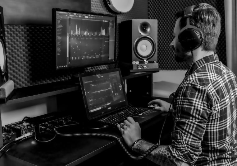 Curtains Music Production on SoundBetter
