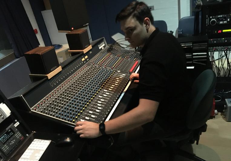 Josh Bak on SoundBetter