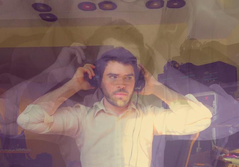 Derek White on SoundBetter
