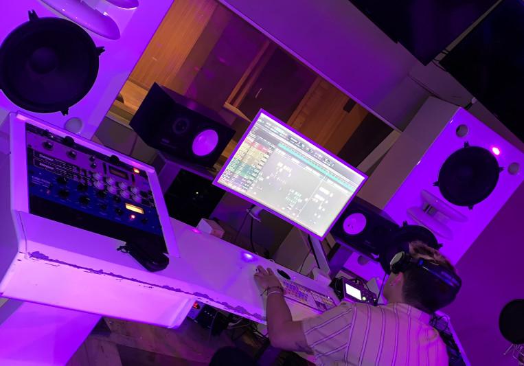 Calvin Ryan on SoundBetter