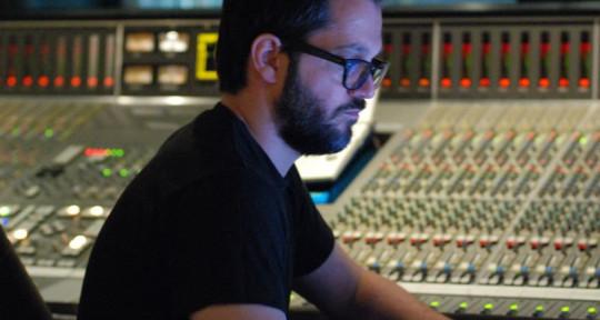 Photo of Michael Néron-Sound Engineer