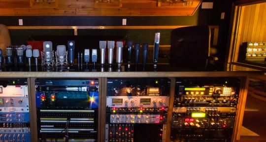 Photo of Bedside Studio/ Len Milne