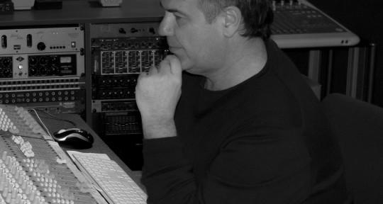 Photo of Todor Chorbov