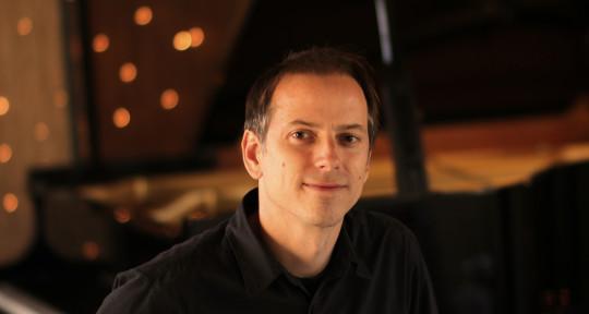 Photo of Michael Logozar