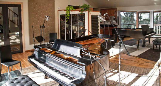 Photo of The Piano Studio