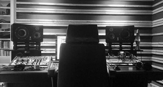 Photo of Sound Studio / Iann Guérin