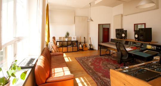 Photo of Bakermoon Studios