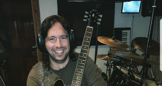 Photo of Marcos R. Alvarez