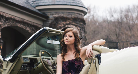 Photo of Lauren McLamb