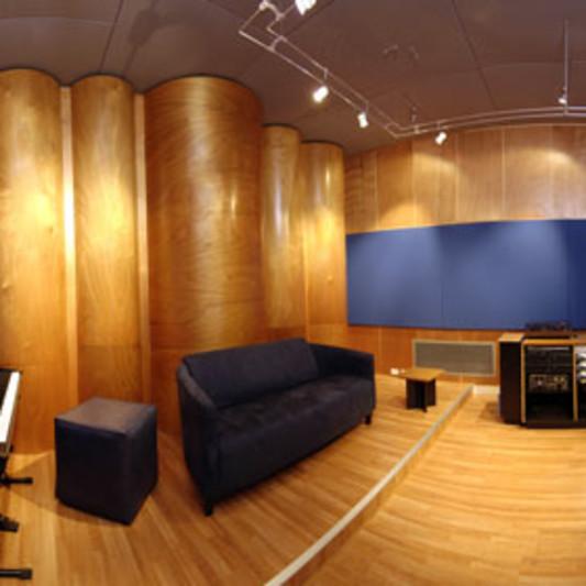 Mad Cat Sound Recording Studio on SoundBetter