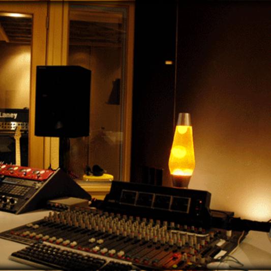 Rooftop Recording Studio on SoundBetter