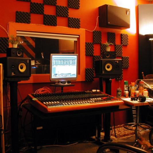 Clark Drive Studios on SoundBetter