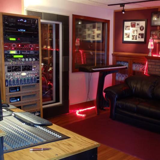 Outer Limit Recording Studio on SoundBetter