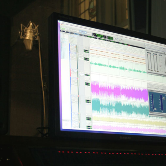 CREATIVE MEDIA DESIGN on SoundBetter