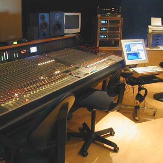 Topaz Studios on SoundBetter