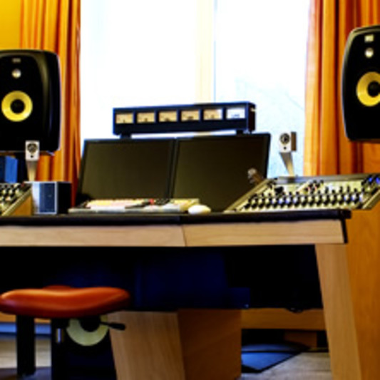 Ballsaal Studios on SoundBetter