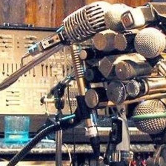 Arturo Barragan on SoundBetter