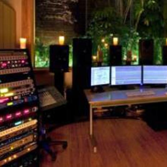 TradStudios on SoundBetter