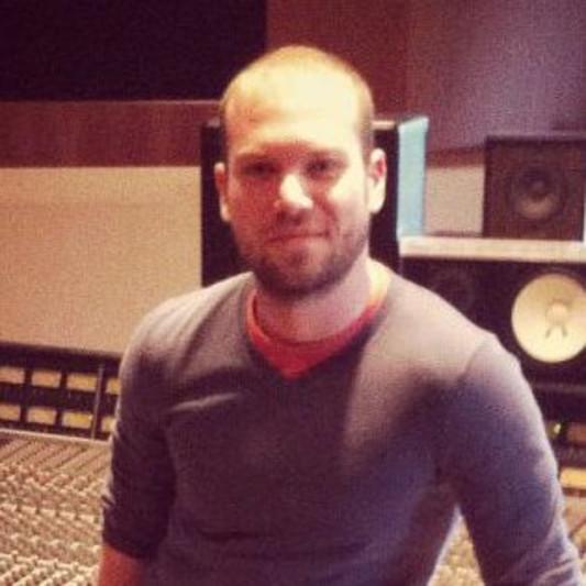Mr Armando Perasole on SoundBetter