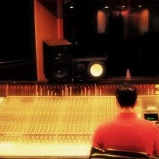 Gabriel Gil on SoundBetter