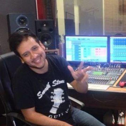 Aaron Oliver on SoundBetter