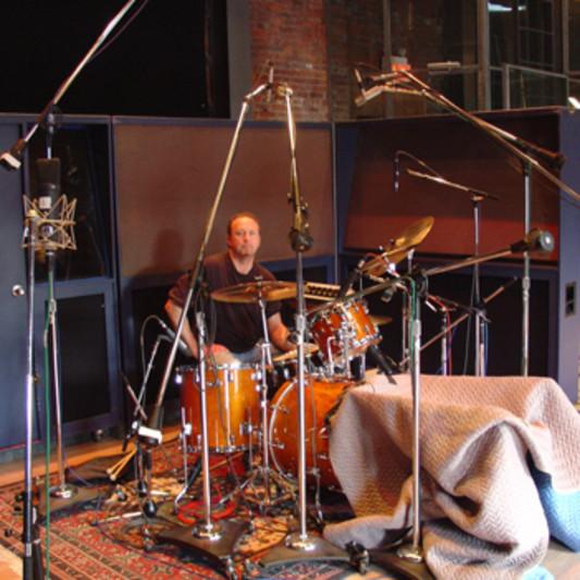 e-studio-drummer on SoundBetter