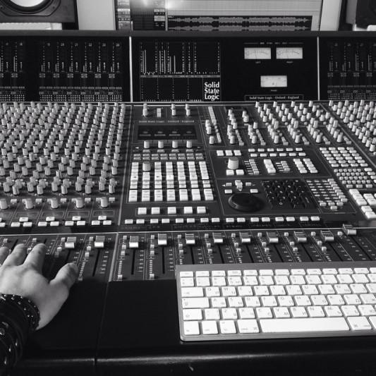 Alex J Kramer on SoundBetter