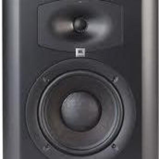 Music recording studio Alpha on SoundBetter