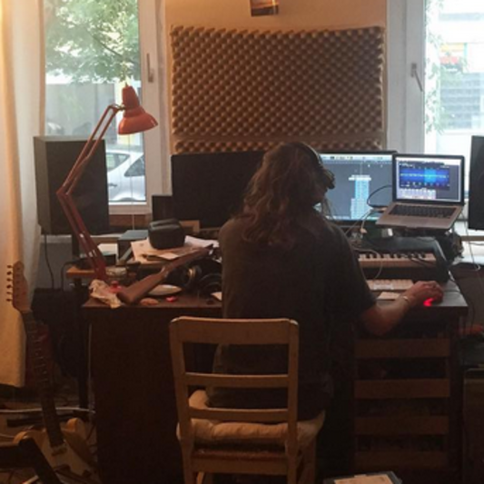 Jules Hendrix on SoundBetter