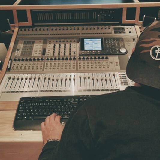 Vincent Carrier (Lucky Rose) on SoundBetter