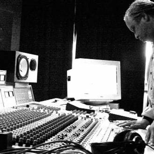 Julian McBrowne on SoundBetter