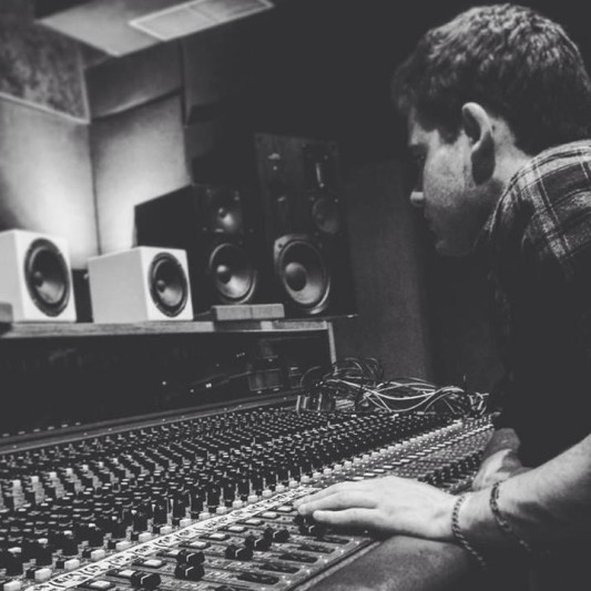 Julien Ardiller on SoundBetter