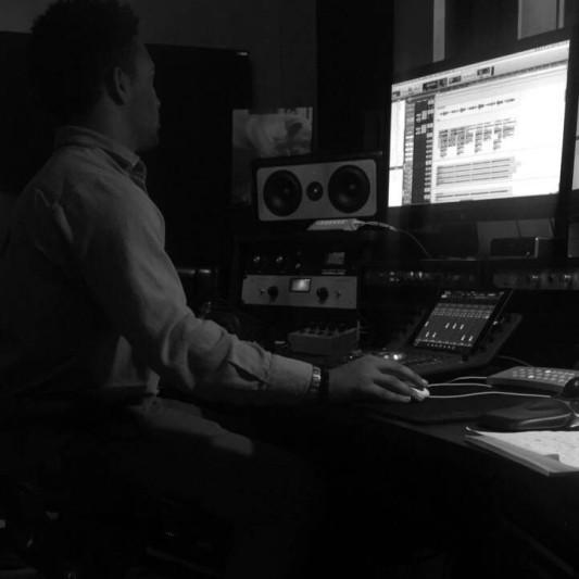 Makhail Grey on SoundBetter