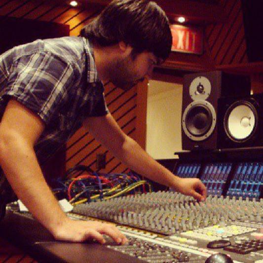 Arturo Gomez Plasencia on SoundBetter