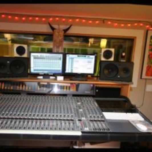 Birdhouse Recording Studio Seattle on SoundBetter