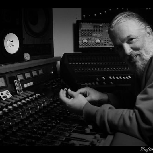 Egg Studios on SoundBetter