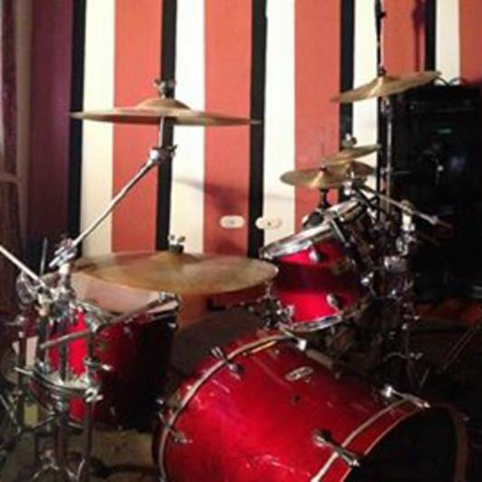 Jorge Pivaral X&Y producciones on SoundBetter