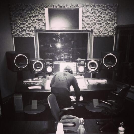 Illionaire Society Sounds on SoundBetter