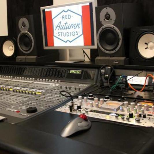 Red autumn & Recroom studios on SoundBetter