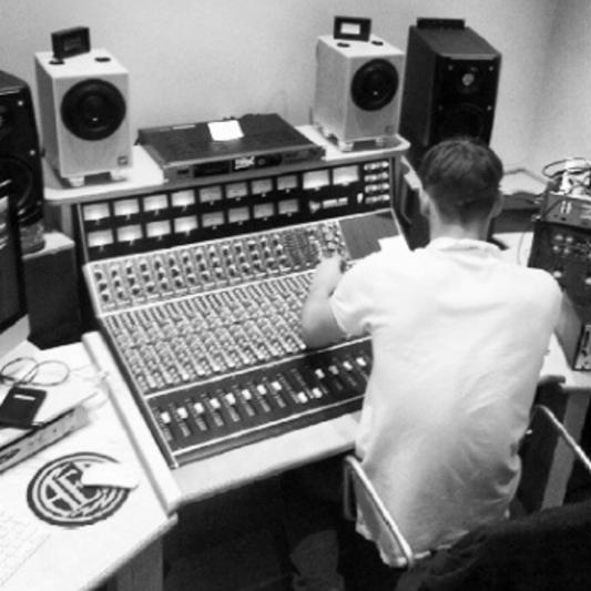Zeeko Engineer on SoundBetter