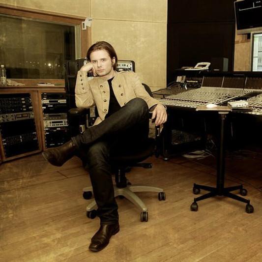 Maciej Bąk / RetroVibe Studio on SoundBetter