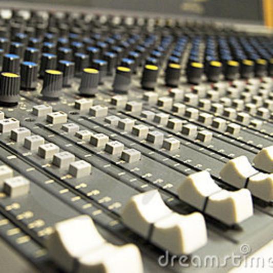 HiFolks on SoundBetter
