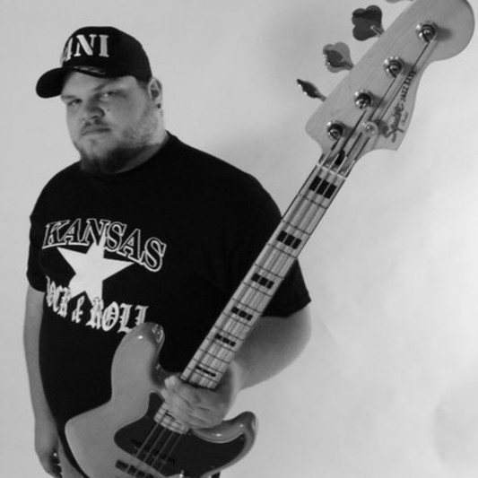 Chuck Pain on SoundBetter